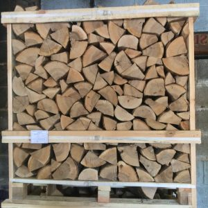 crate of kiln dried logs, ribble valley log supplies , roy cattermole logs . lancashire firewood supplies, ribble valley. clitheroe, pendle, blackburn, burnley, hyndburn. greater manchester , fylde, preston and all lancashire