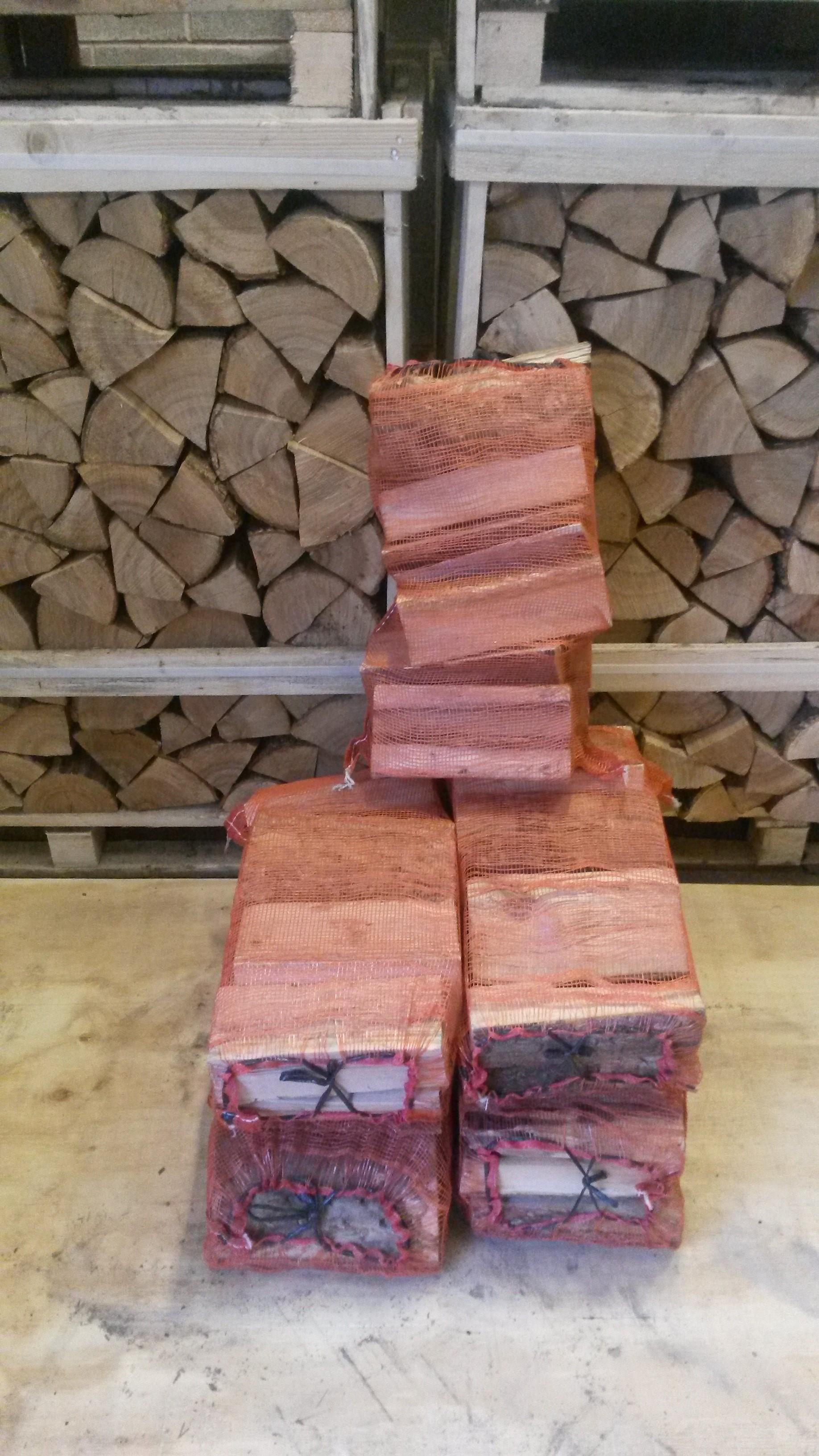 NET BAGS kiln dried logs